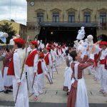 Desfile de Caldereros e Iñudes y Artzaiak en Irun