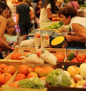 Zarautz, mercado