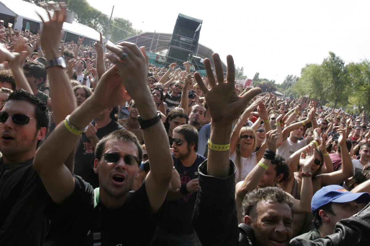 AZKENA ROCK 2004 - PRENSA (2)