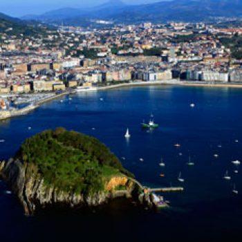 Santa Clara y Bahía de Donostia / San Sebastián