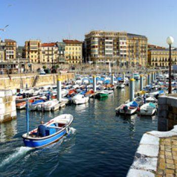 Entrada al puerto de Donostia / San Sebastián