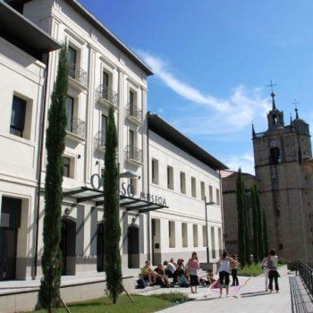 Museo-Oiasso-exterior-1200x802
